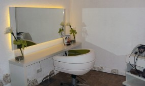 Beautypoint hair and more Friedberg - Friseurstuhl