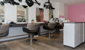Oliver & Friends - Friseur Berlin - Salon innen