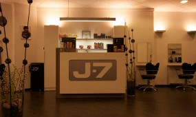 J 7 Hairstyling Salon Düsseldorf