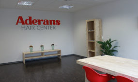 Aderans Hair Center Köln - Wartezimmer