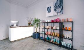 Kama Hair Club Berlin - Regal